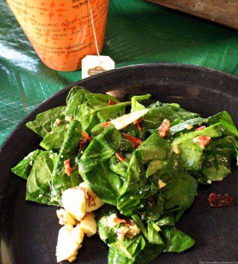 Wilted Spinach Salad with bacon and egg (7)