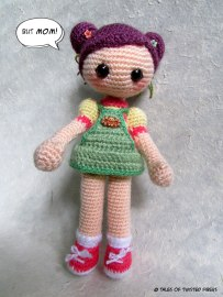 15_Cookie-Amigurumi-Girl_Tales-of-Twisted-Fibers
