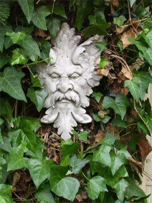 greenman entre hojas