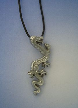colgante dragón chino Lung colgante amuleto de plata con cordón de cuero