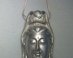 colgante Quan Yin de plata