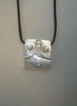 colgante sello maya mago Kin ix colgante plata
