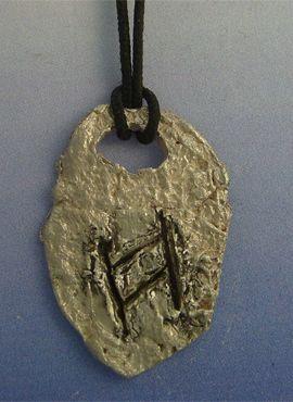 colgante runa vikinga hagalaz de plata