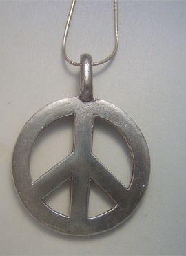 colgante hippie de paz y amor univesal de plata