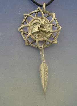 atrapasueños kokopelli con pluma, amuleto de plata