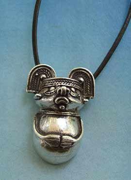 colgante chaman de la cultura TAIRONA
