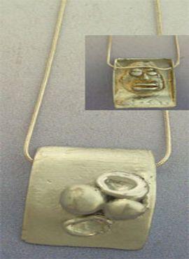 colgante Elegua orixa umbanda de plata