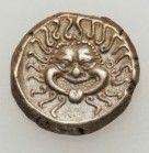 símbolo gorgona en moneda romana
