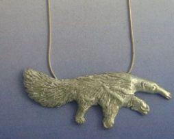 oso hormiguero de plata colgante amuleto