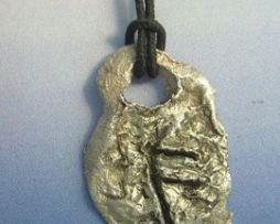colgante runa vikinga ansuz de plata amuleto vikingo