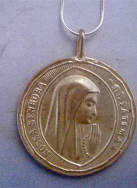 colgante virgen de Fátima medalla