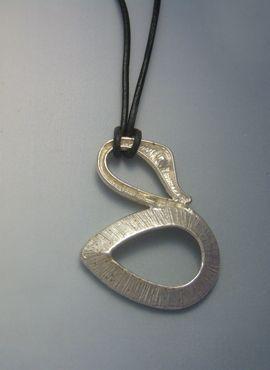 cisne de plata colgante amuleto