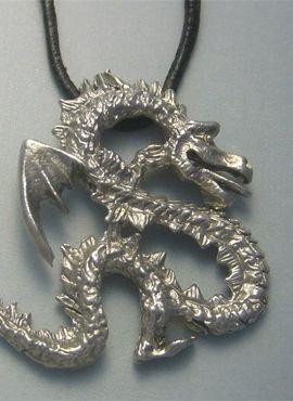 colgante dragón coreano yong amuleto de plata de ley