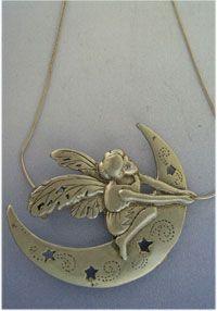 colgante duende de la luna amuleto de plata