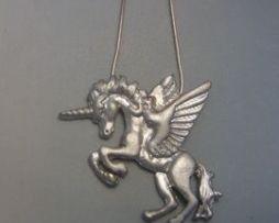 alicornio de plata amuleto pegaso unicornio colgante