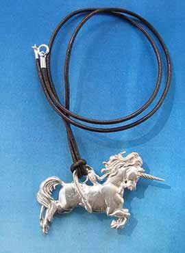 collar unicornio colgante de plata