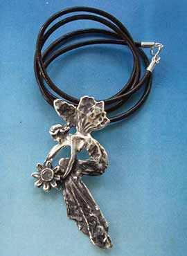 colgante hada de plata amuleto de la fortuna