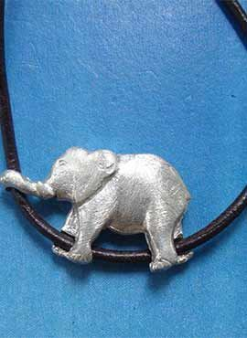 elefantito de plata