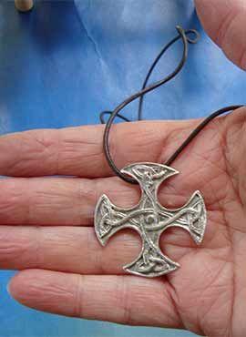 cruz celta escocesa Clackham plata