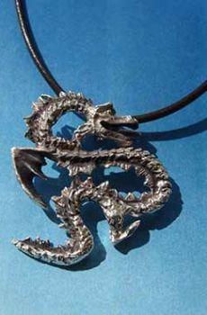 colgante dragón coreano yong plata