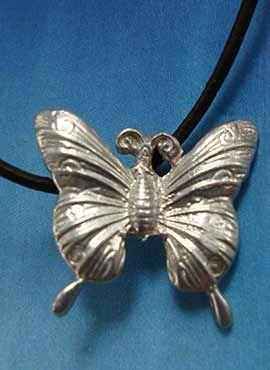 colgante mariposa de plata joya