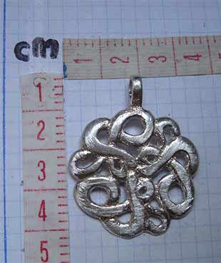 nudo de serpientes ouroboros colgante uroboros de plata medidas