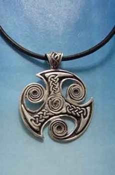 trisquel vikingo trefot plata