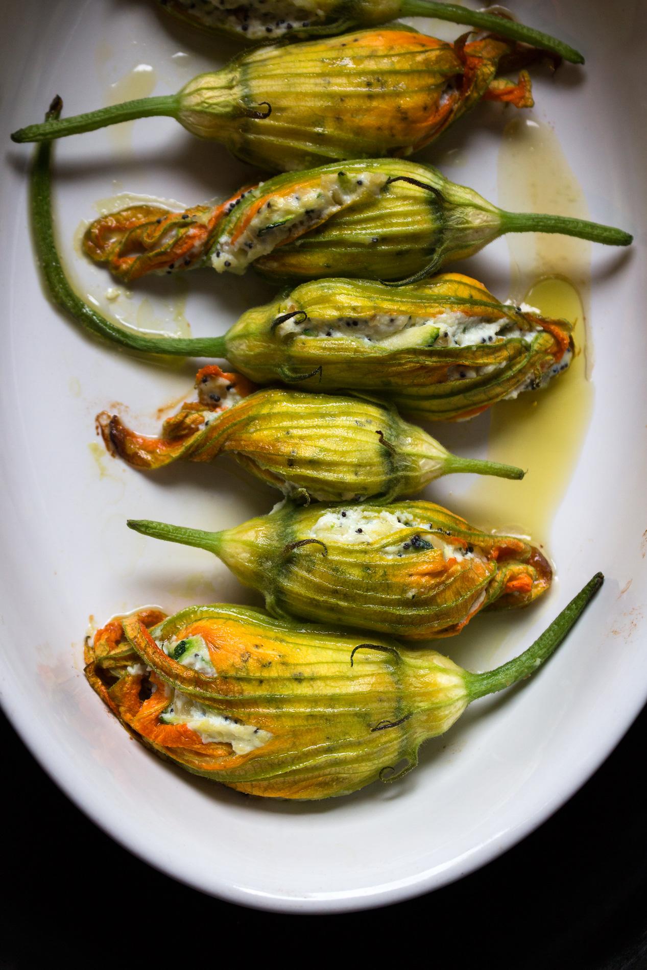 Zucchiniblueten gefuellt