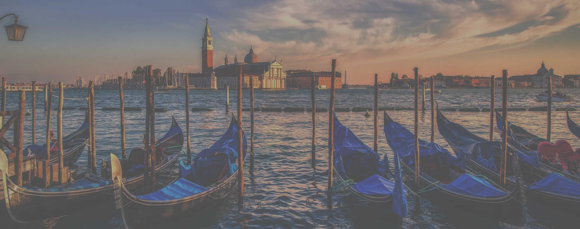 Aulas de italiano com professores experientes dark - Teste de nivelamento de italiano