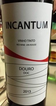Incantum Red
