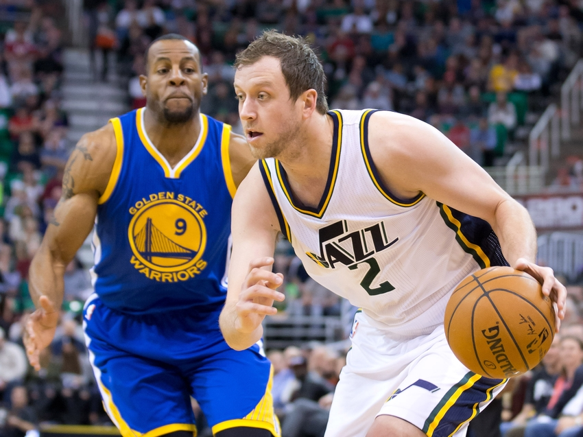 andre-iguodala-joe-ingles-nba-golden-state-warriors-utah-jazz.jpg