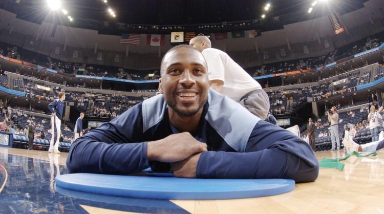 Dallas Mavericks v Memphis Grizzlies