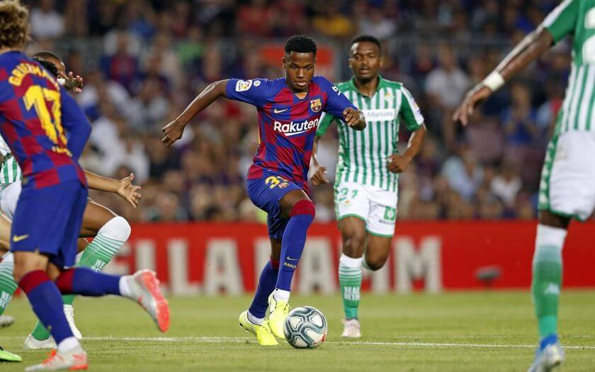 16 Years Old Ansu Fati Makes First Team Debut - FC Barcelona vs Real Betis