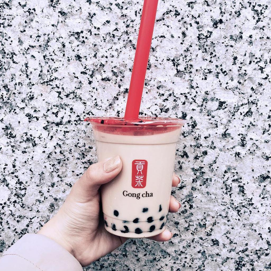 Black milk tea from gong cha
