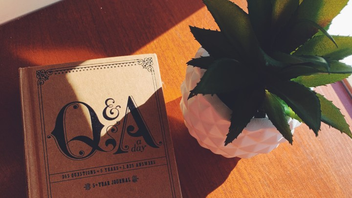 Daily Journaling: Short, Simple & Sweet Ways to Jot Your Thoughts Everyday