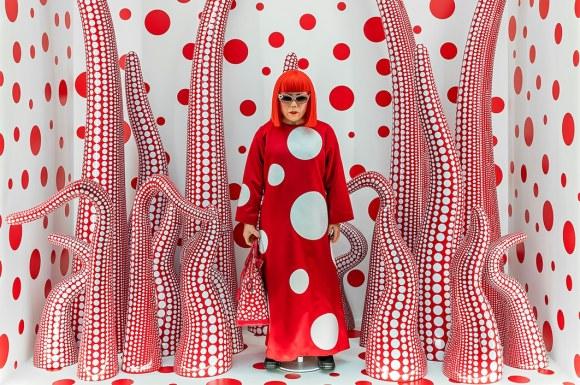 , Geometric polka dots turned organic