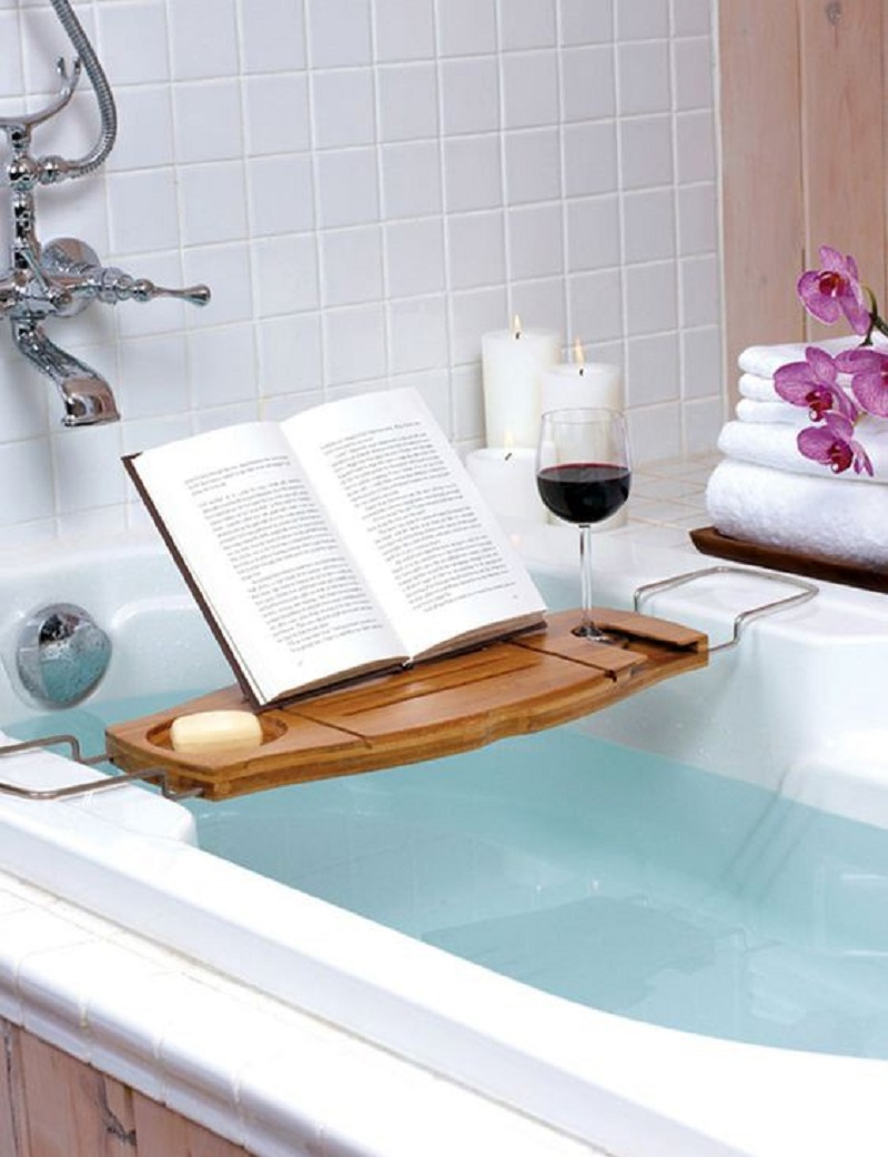 Use Tub Tray To Hold A Glass Of Wine