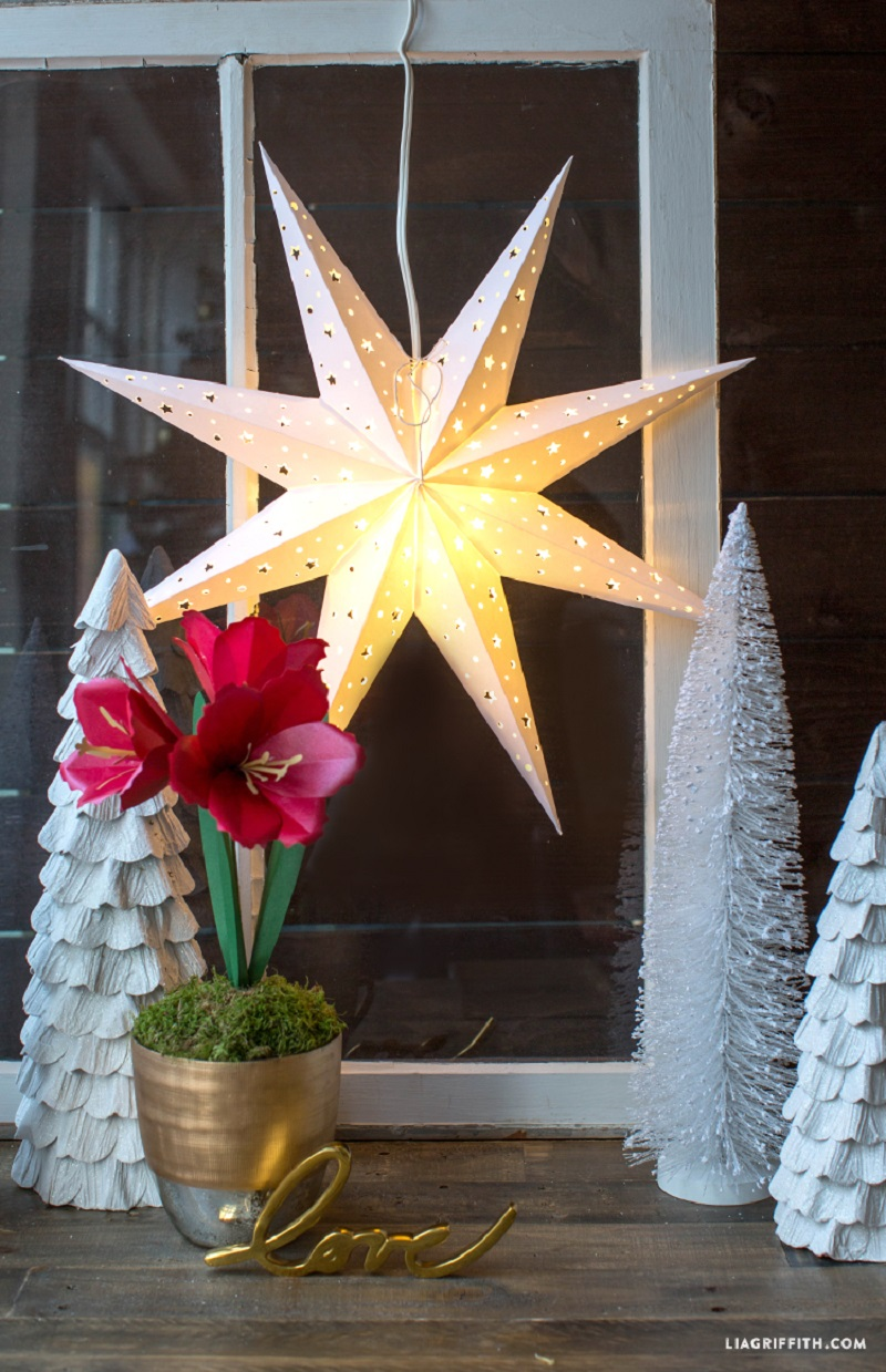 Paper Star Window Decoration