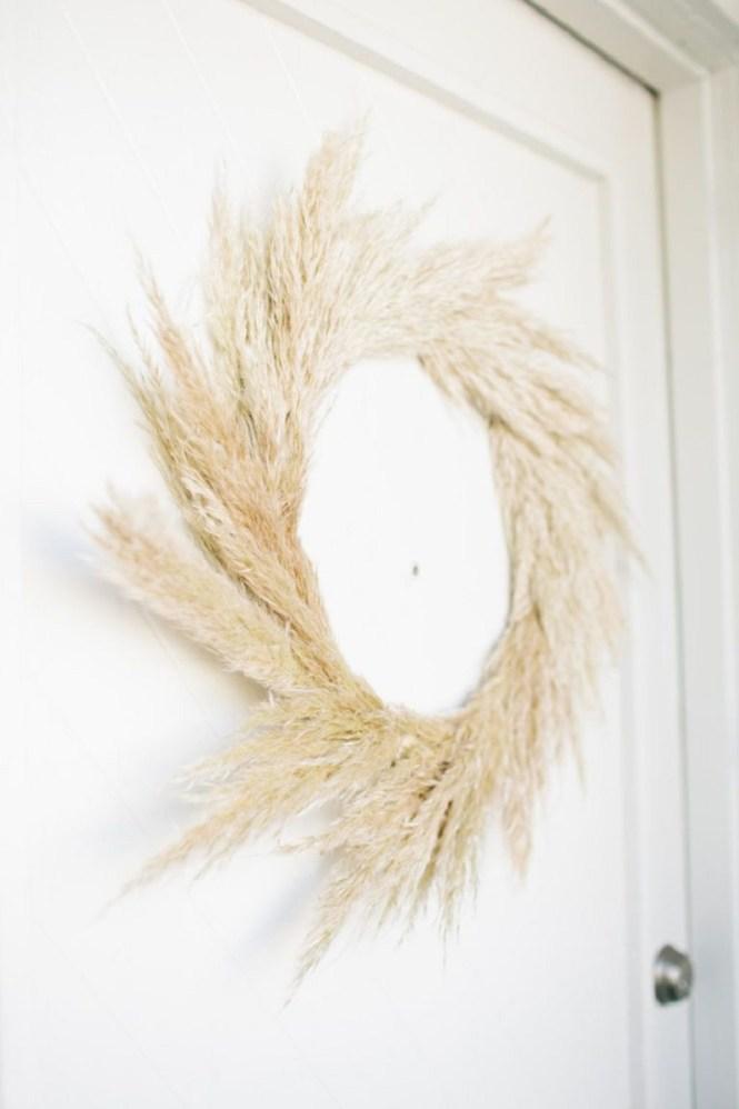 Pampas Grass As DIY Wreath