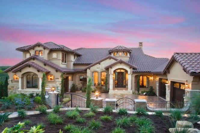 Tuscan Style Home Decor