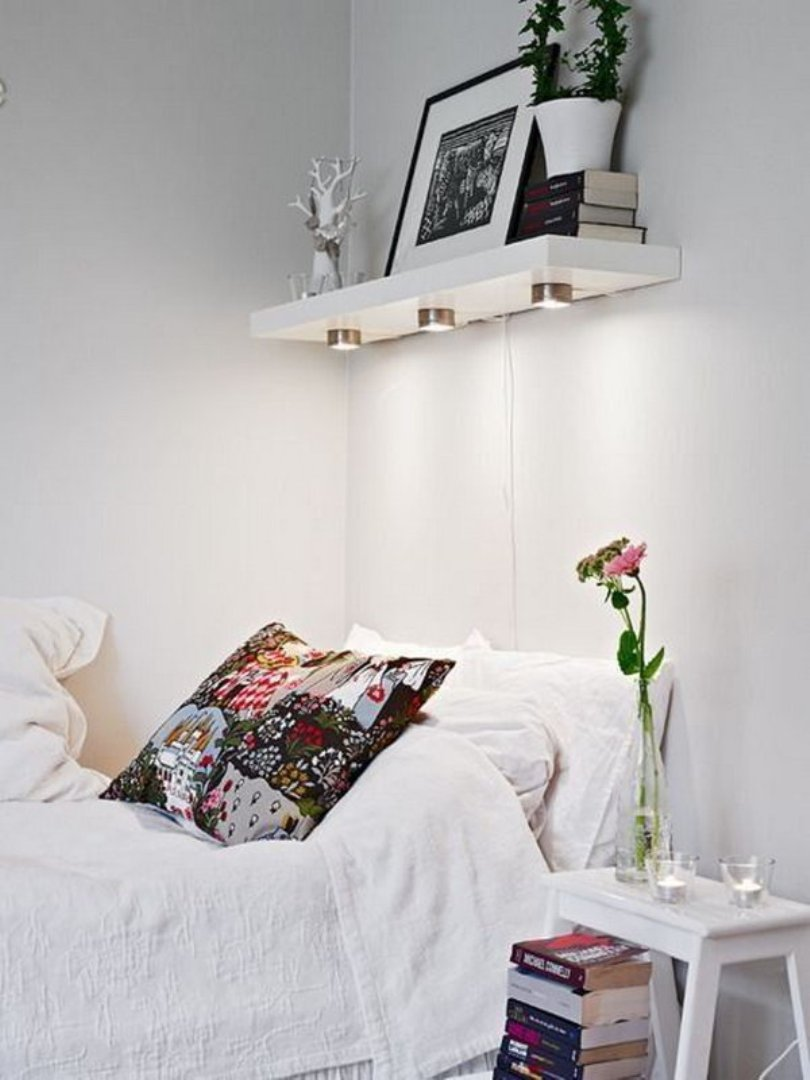 Small Bedroom With Space Saver