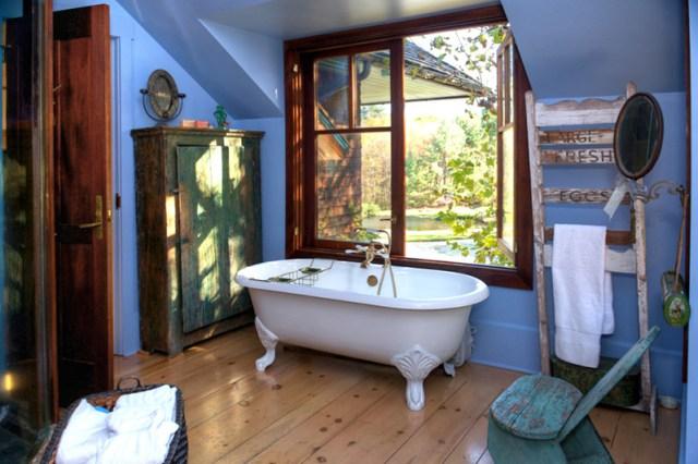 Cool Story Bathroom