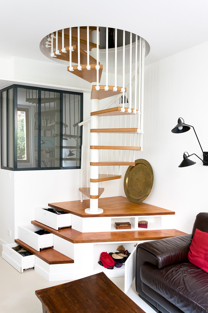 Pony Spiral Staircase