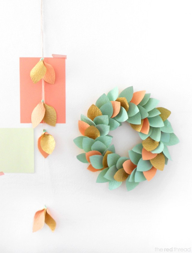 Simple Paper Wreath