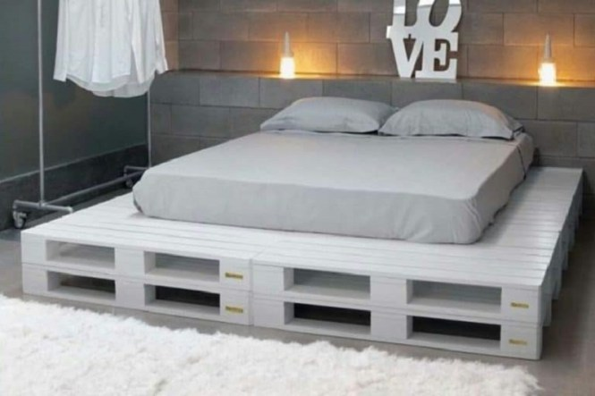 Incredible Pallet Bedroom Bed