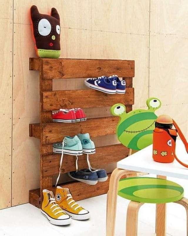 Wood Pallet Shoe Storage