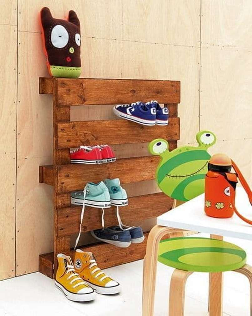 Wood Pallet Shoe Storage