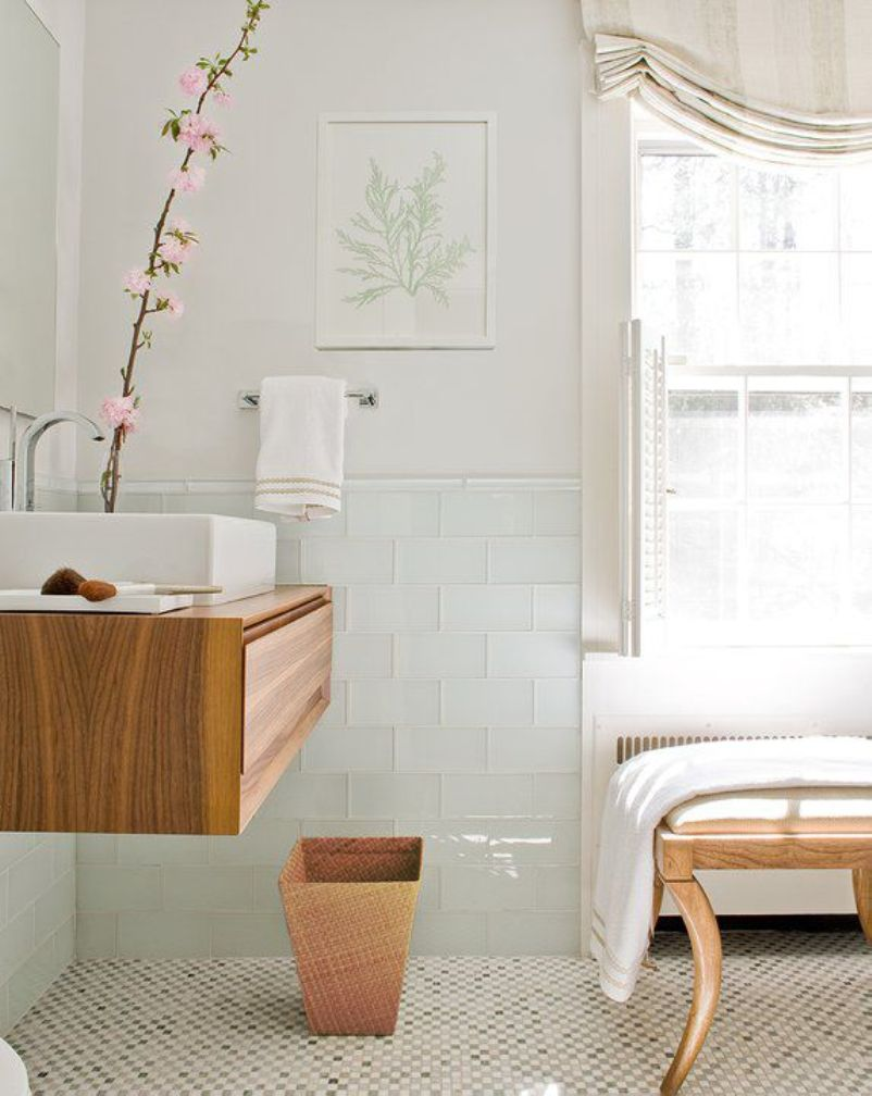 Scandinavian Bathroom With Classic Tone