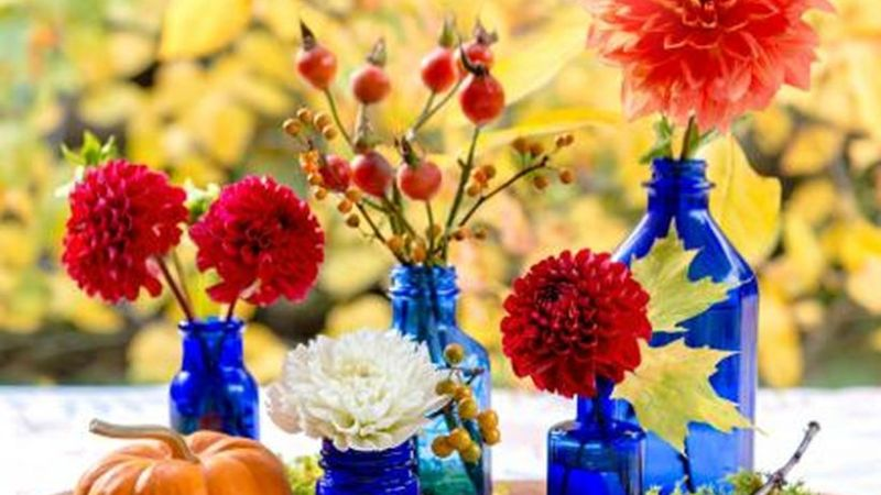 21 Wonderful Ways to Decorate Fall Party Events