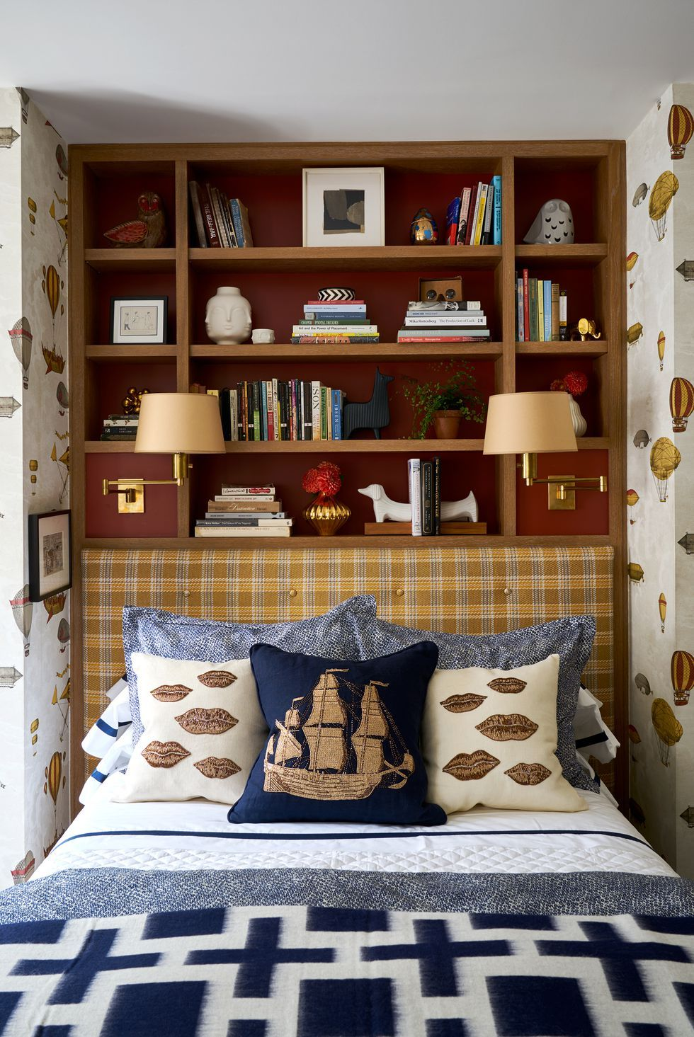 5 Cute and Simple Wall Decoration for Your Bedroom - Talkdecor on Simple But Cute Room Ideas  id=58912